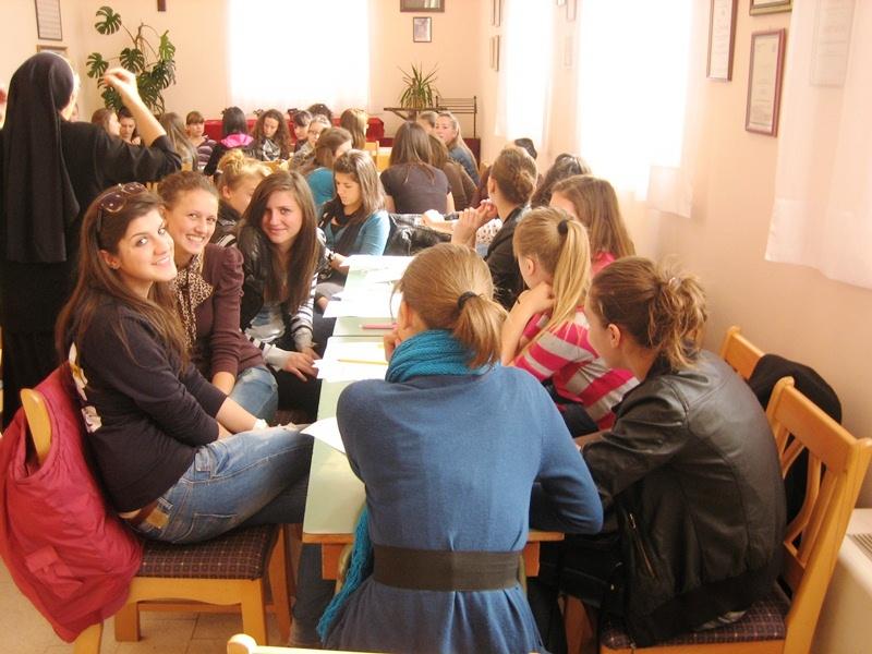 Zajednica sestara dc (1)