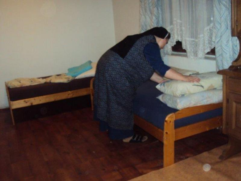 14. sestra rafaela nam je i krevet napravila  large