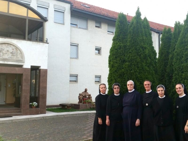 Zajednica sestara Služavki Maloga Isusa